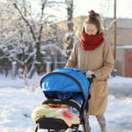 Когда можно начинать гулять с ребенком