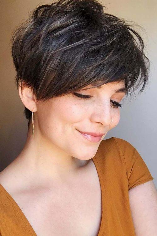 Стрижки женские на короткие волосы после 50