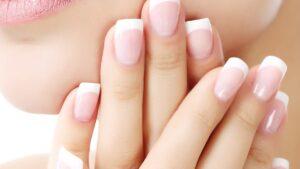 Лучший укрепляющий лак для ногтей