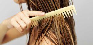 мытьё волос и расчесывание